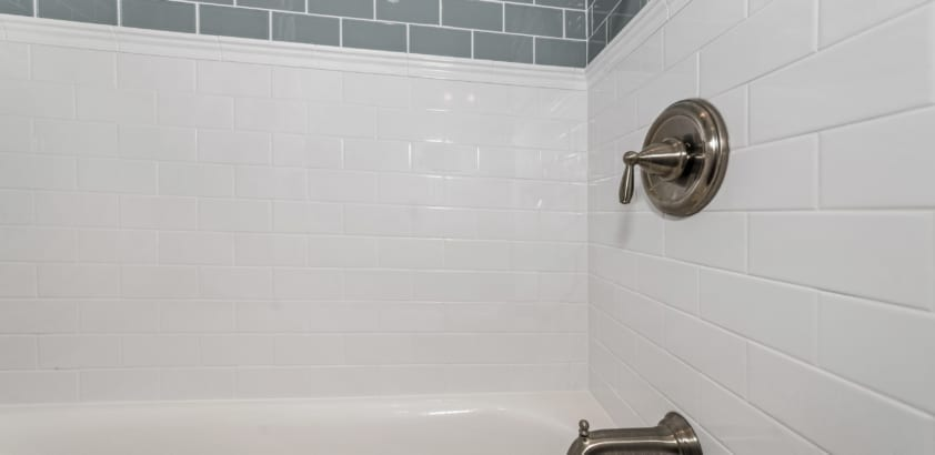 5 reasons you really need to deep clean your bathroom
